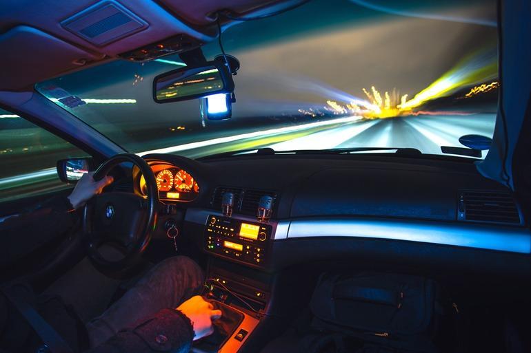 Najczęstsze przekręty stosowane przy sprzedaży używanego samochodu
