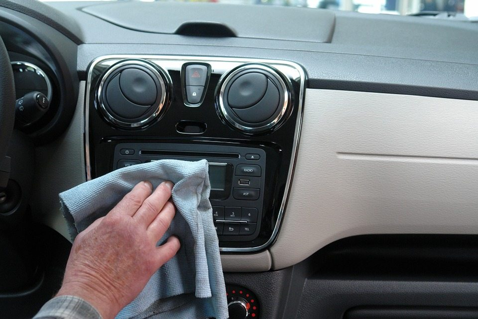 Porządek a bezpieczeństwo w samochodzie