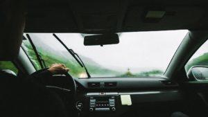 Wymiana wycieraczek samochodowych