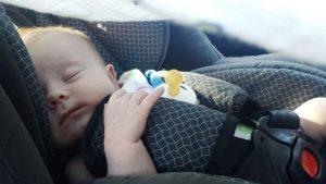 Nowe przepisy dotyczące przewożenia dzieci w samochodach