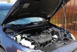 Mycie silnika w samochodzie – jak to się robi?