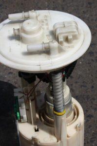 pompa paliwa objawy